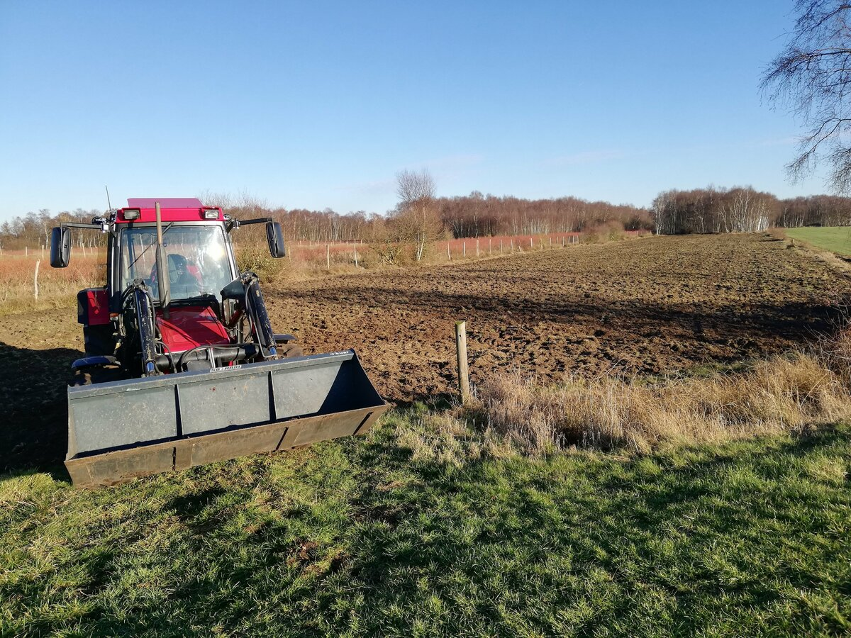 Wiesenpflege mit dem 844
